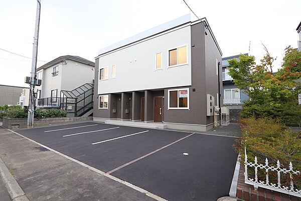北海道札幌市清田区清田六条1丁目の賃貸アパートの外観