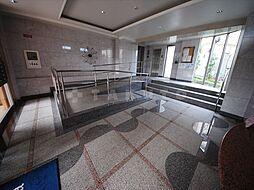 ルンガヴィータ[2階]の外観