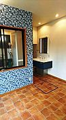 一階洗面化粧台~バスルーム