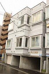 パレス元町[2階]の外観