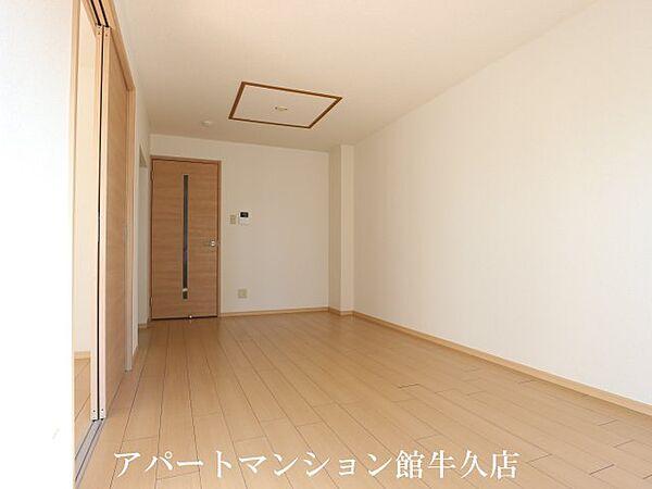キャッスルタルイ参番館の洋室