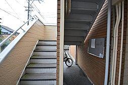 エステートピア草薙[2階]の外観