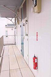 東京都府中市若松町5丁目の賃貸アパートの外観
