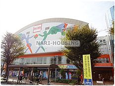 ゲームセンターTSUTAYAビッグボックス東大和市駅前店まで449m