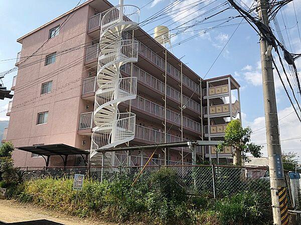 シャトーカナヤ[5階]の外観