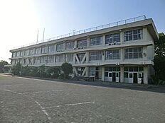 日野市立滝合小学校まで793m