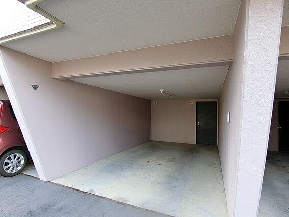 組込式車庫