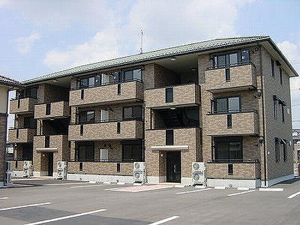 グランデスズキA・B[1階]の外観