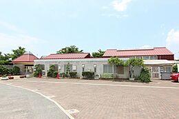 岩岡幼稚園 約770m