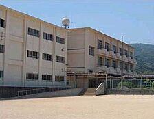 小学校巽小学校まで60m