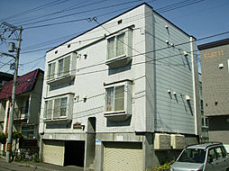 北海道札幌市東区北十二条東11丁目の賃貸アパートの外観