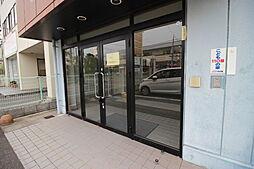 1階は事務所と店舗として最適な間取り