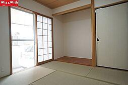 1階6.0帖の和室。畳・襖の張替えを行いました。