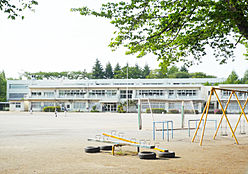 第7小学校 約634m