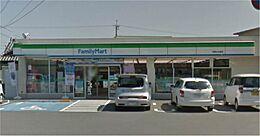 コンビニエンスストアファミリーマート和歌山北島店まで1425m
