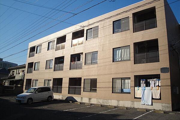 マンション昭栄[302号室]の外観