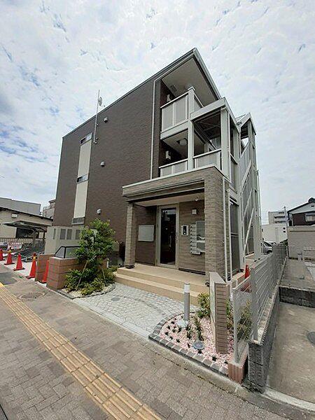 東京都青梅市河辺町4丁目の賃貸アパートの外観