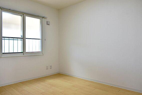 洋室2部屋は、...