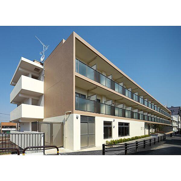 千葉県松戸市殿平賀の賃貸マンションの外観