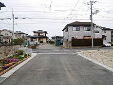 第一種低層住居専用地域なので静かな落ち着いた環境です。