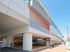 石神井公園駅(西武 池袋線)まで853m、通勤・通学・お出かけに便利な急行停車駅。乗車10分で池袋に着きます。