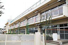 小学校東久留米市立第三小学校まで190m
