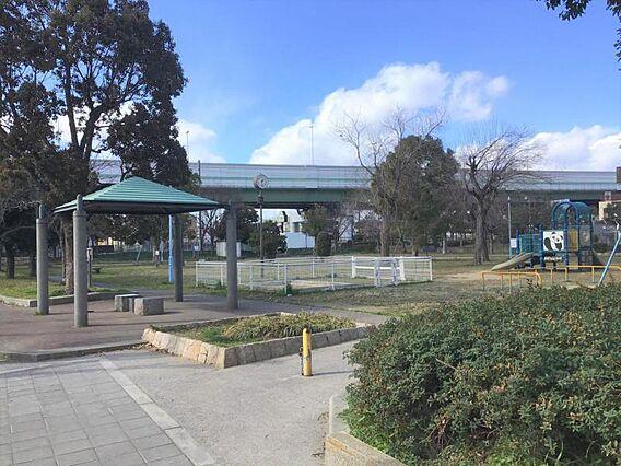 出城西公園