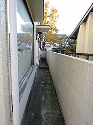 東京都調布市若葉町2丁目の賃貸アパートの外観