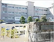 浜松市立泉小学校(260m)
