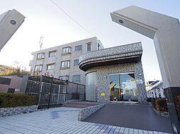 東京都練馬区大泉学園町5丁目の賃貸マンションの外観