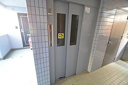 FIRST尼ケ坂[3階]の外観