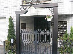 東京都三鷹市下連雀4丁目の賃貸マンションの外観