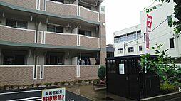 埼玉県坂戸市溝端町の賃貸マンションの外観