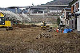 高尾山を南に構える山間部。全5区画に区画整備される開発分譲地。道路も新設・造成工事後の綺麗な状態でお引渡し致します。