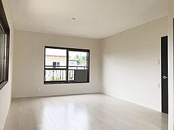 主寝室に最適な2F南東側洋室(1)