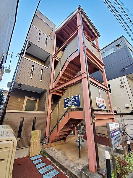 レゾン タカセ 3階の賃貸【東京都 / 杉並区】