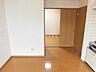 居間,1DK,面積34.42m2,賃料4.0万円,バス くしろバス大楽毛分岐下車 徒歩1分,,北海道釧路市大楽毛西2丁目28-1
