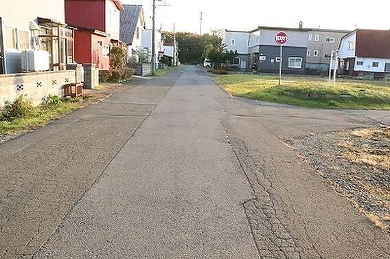 前面道路幅8m