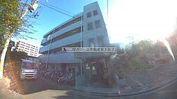 大阪府東大阪市近江堂3丁目の賃貸マンションの外観