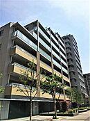 総戸数820戸の大型マンション人気のアクアテラシリーズのひとつ