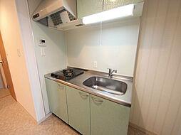 ラクラス浅間町のシステムキッチン(ガス2口)冷蔵庫・レンジ等ご準備できます