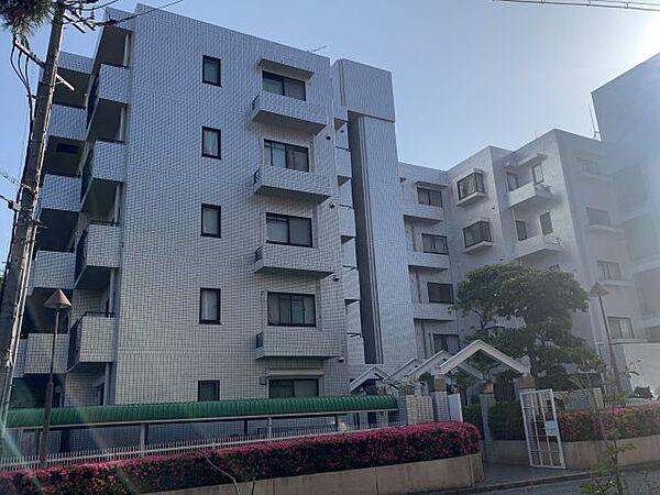 カサ・ヴェルデ芦屋[3階]の外観