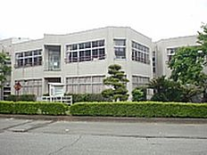 つくば市立栄小学校(2189m)