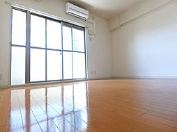 エスポルテ福島の洋室