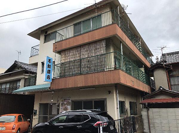 広島県呉市広本町3丁目の賃貸アパート