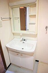 アリヴィラ15のコンパクトで使いやすい洗面所