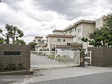昭島市立多摩辺中学校 距離990m