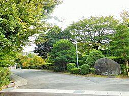 岡崎市立葵中学校?609m