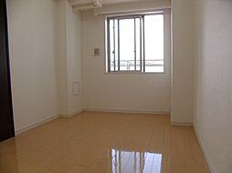 CASSIA車道の洋室