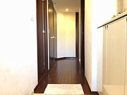 廊下が直線ではないので玄関からプライベートが見えないので安心です